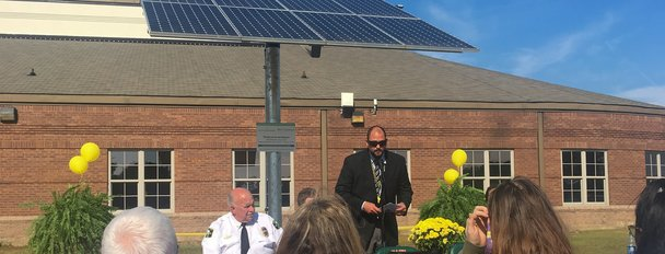 NC-Green-Power-Ribbon-Cutting-Speaker-H